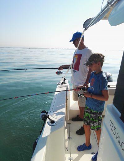 Pesca familia niños cadiz